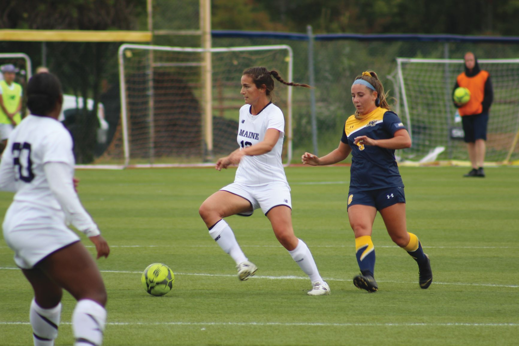 Women's soccer starts season strong with a 3-1 record – The